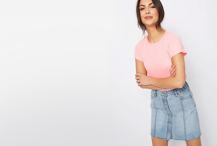 Lightweight, stylish and versatile, pair this blue denim skirt with a pink T-shirt for a comfy casual look