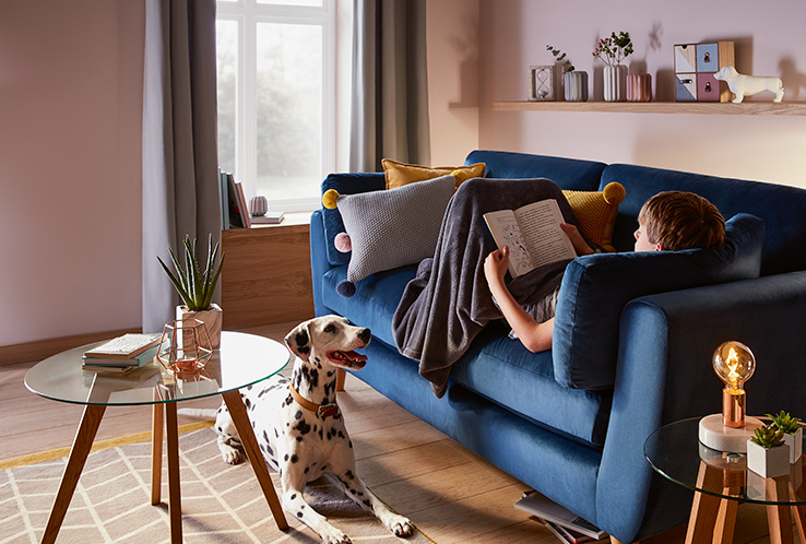 If you love staying snug in winter, Life & Style have just the picks to transform your living room into a warm space this season.