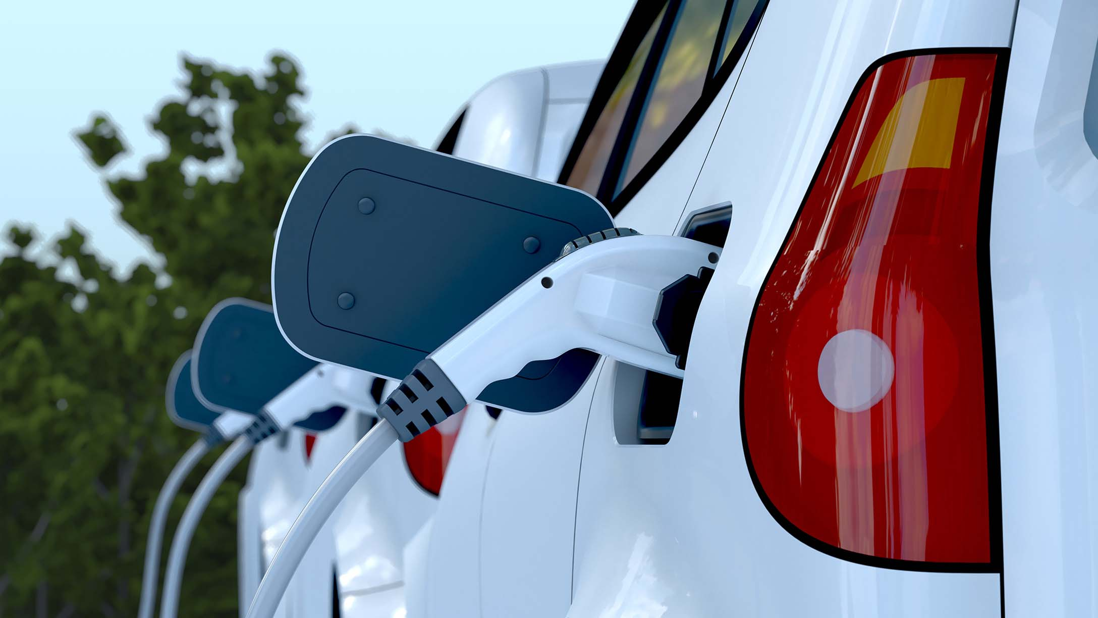 voiture-electrique-en-train-de-charger