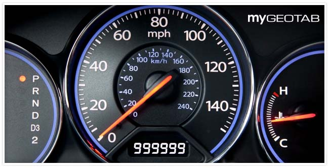 Image of a vehicle speedometer with a odometer value of 999999