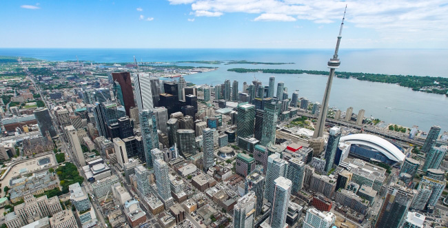 Birds eye view of the City of Toronto with skyscrapers and the CN tower