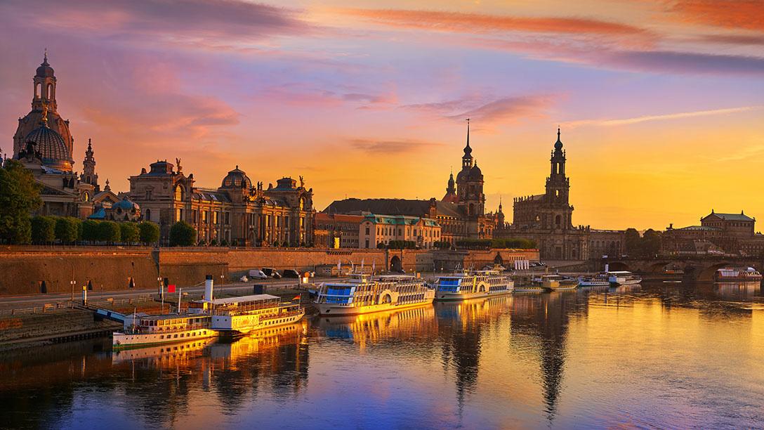 Budapest Stadt im Sonnenuntergang.