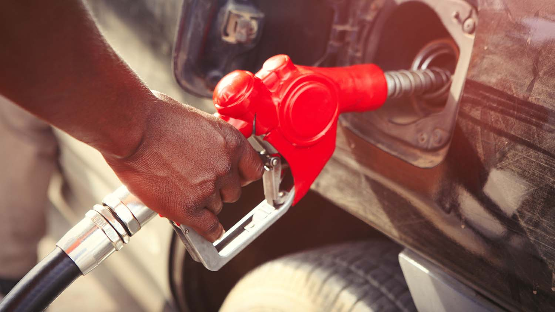 Tanken von Fahrzeug