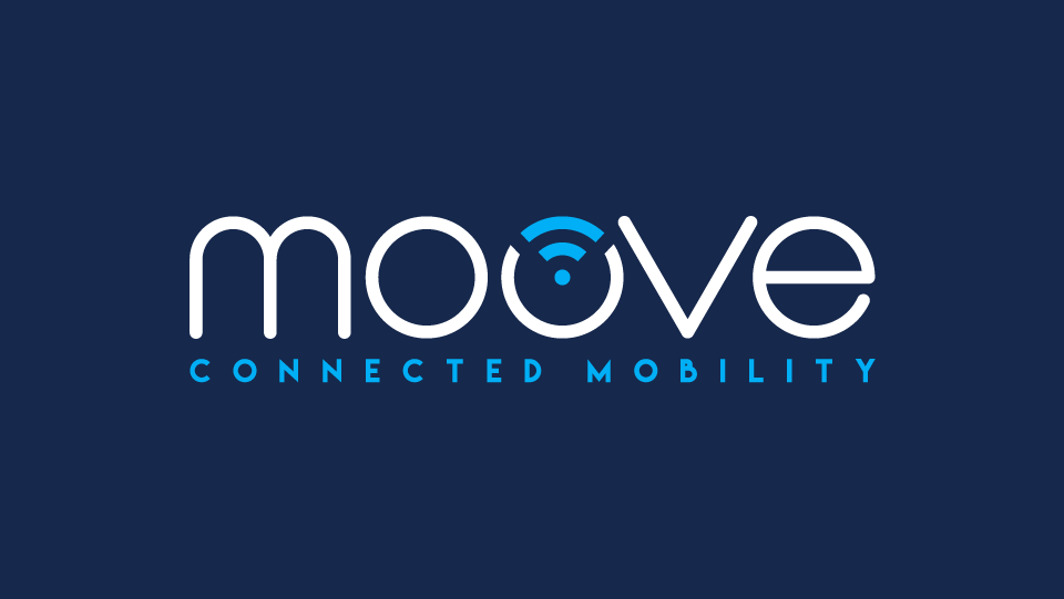 Moove Connected Mobility Logo auf dunkelblauem Hintergrund