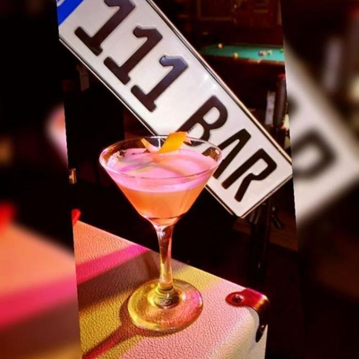 2 Фото интерьера 111 Bar