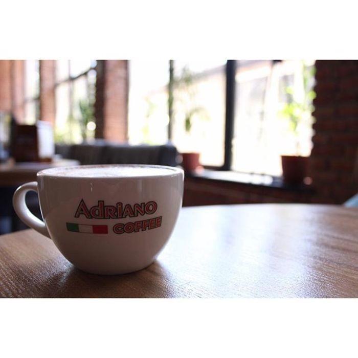 1 Фото интерьера Adriano Coffee
