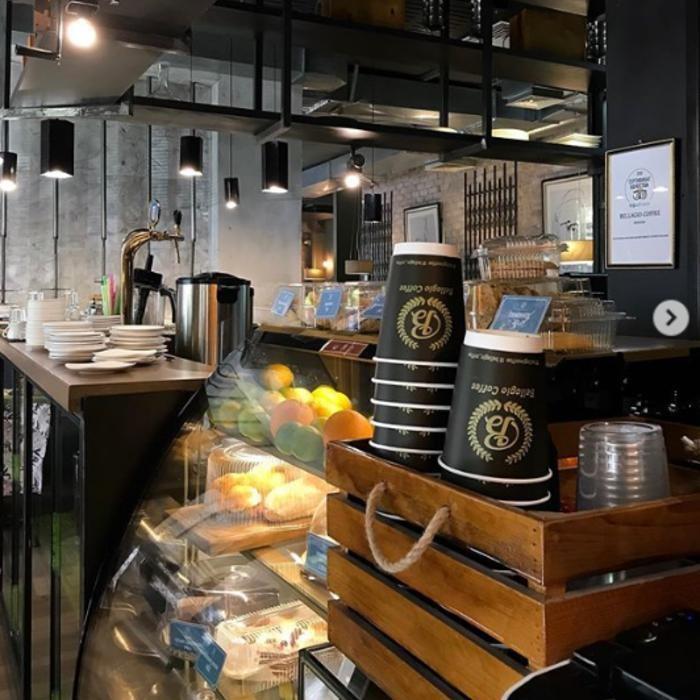 2 Фото интерьера Bellagio coffee Манаса