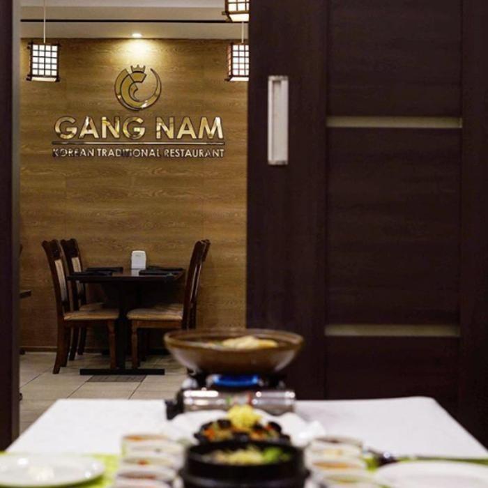 4 Фото интерьера GANG NAM