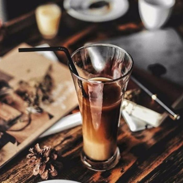 3 Фото интерьера HILLTOP coffee