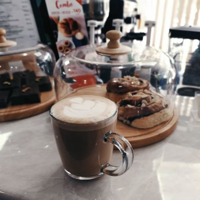 1 Фото интерьера HILLTOP coffee
