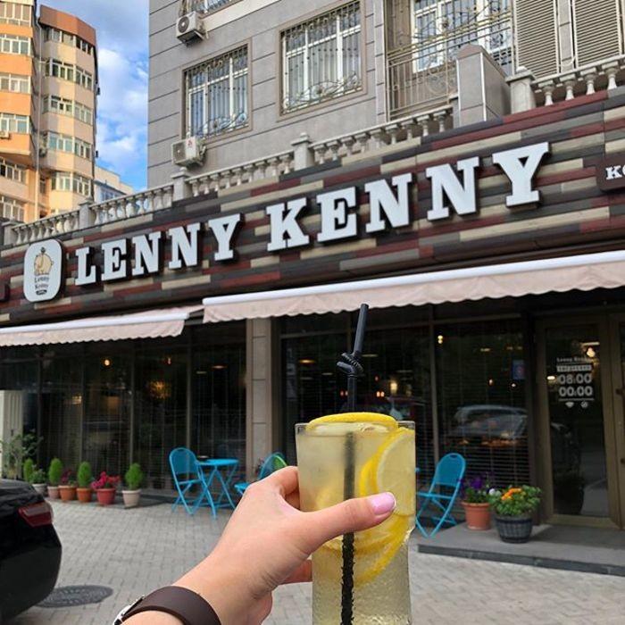 2 Фото интерьера Lenny Kenny Coffee
