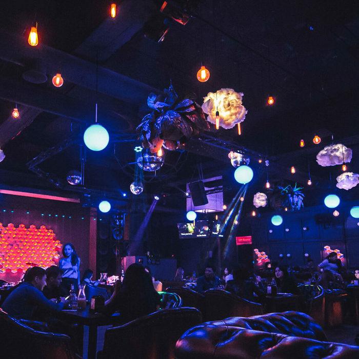 2 Фото интерьера LiveBar Rooms