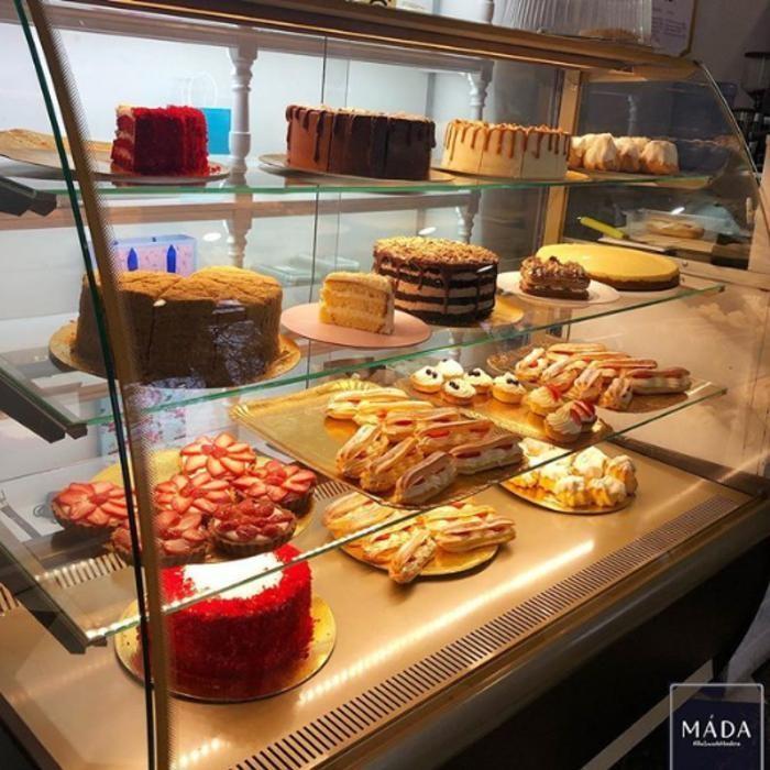 4 Фото интерьера MADA sweets
