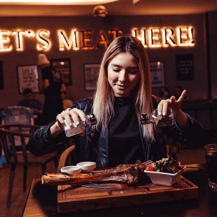 3 Фото интерьера Steak and Burger bar