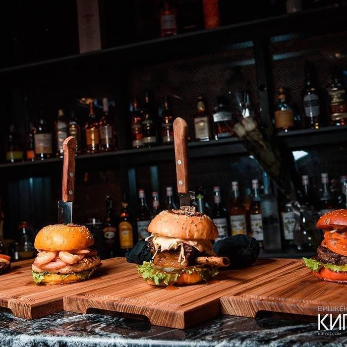 5 Фото интерьера Steak and Burger bar