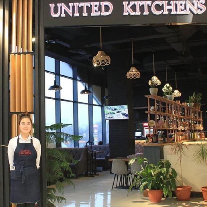 1 Фото интерьера United Kitchens