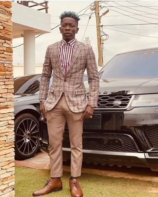 Paa Paa! Shatta Wale Presents New Car to Most Loyal Fan