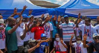 Over 120 NDC members join NPP in Mpraeso constituency