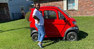 Proud Woman Shows off her tiny new car, Leaves Mzansi Divided