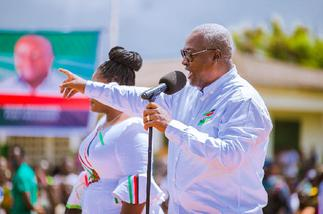 Mahama promises 50% reduction in tuition fees for tertiary students next year