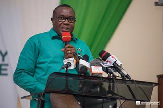 Ofosu Ampofo lacing his boots to contest for NDC's 2024 flagbearership position