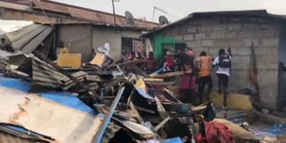 Accra: Police demolish illegal structures at Abuja CMB