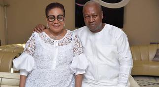 Lordina Blushes As John Mahama Kisses Her On Her 58th Birthday ▷ Ghana news