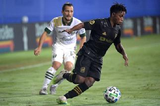 Latif Blessing and Kwadwo Opoku shine as LAFC open 2021 MLS season with victory over Austin