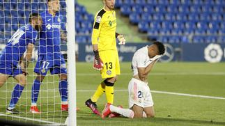 Real Madrid lose momentum in title race with Getafe draw