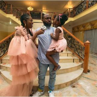 Davido Allegedly Compensates First Baby Mama Sophia Momodu With A Range Rover After Dumping Chioma