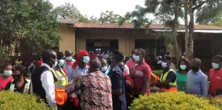 Parents of Achimota Preparatory pupils protest school's closure by GES