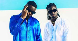 Sarkodie: Rapper jams to Kuami Eugene's Dollar on You song in Video; Ghanaians hail him ▷ Ghana news