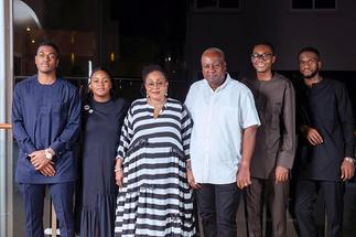 Lordina's lovely Father's Day message to Mahama » GhBasecom™