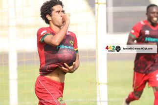 Fabio Gama reacts to his performance