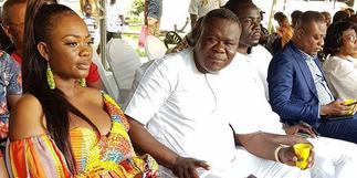 Akua Amoakowaa shuns Dr Kwaku Oteng to celebrate herself on Father's Day