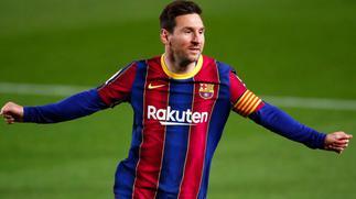 Timothy Fosu-Mensah picks Messi over Ronaldo as the greatest footballer of all-time