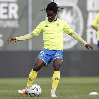 Famalicão to keep midfielder Lawrence Ofori after impressive Arouca loan spell