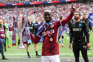 Derby Country track Ghanaian winger Albert Adomah