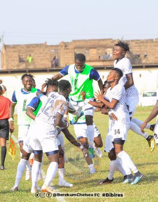 Berekum Chelsea beats Elmina Sharks 2-1 at home