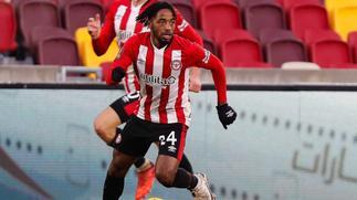 Tariqe Fosu scores in Brentford pre-season win over Boreham Wood