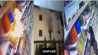 Lady deliberately sets supermarket on fire