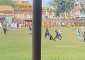 How Ghanaian referee Maxwell Hanson's test!cles were roughly squeezed by angry BA United fans [Video] » GhBasecom™