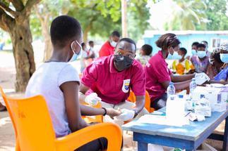 UGBS Alumni offer free medical screening at Good Shepherd Orphanage