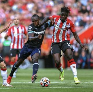 Southampton defender Bednarek opens up on rivalry with Mohammed Salisu