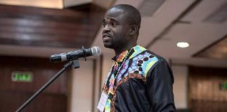 Manasseh Azure jabs Shatta Wale