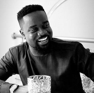 Sarkodie, and his family returns home after successfully ending their 14 days of mandatory quarantine