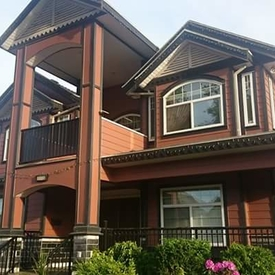 Homestay in Surrey - City Centra(British Columbia)