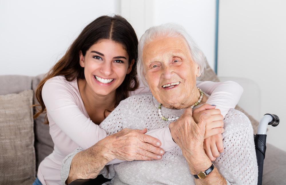 Czy opieka nad seniorem do opłacalny zawód?