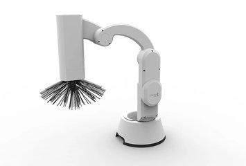 רובוט המקנה ומחטא שירותים באופן אוטומטי