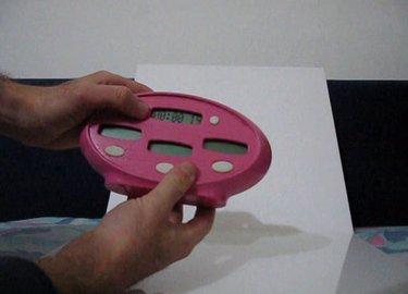 מכשיר למעקב אחר התפתחות התינוק